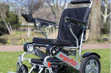 Elektrischer Rollstuhl klappbar